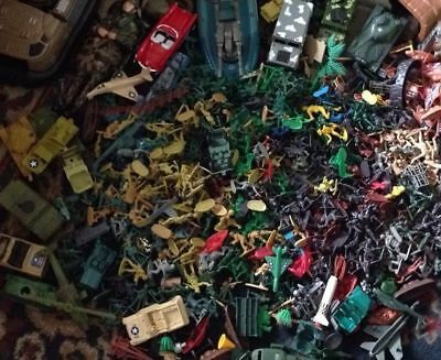 Huge Lot Of Soldiers Some Old Found In Loft & Some Other Bits & Pieces