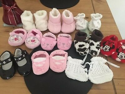 Baby Girls 0-3 3-6 Ish Bundle Of Booties And Shoes