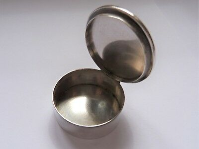 1979 - Hand Painted Fox Lidded - London Hallmarked - Solid Silver Snuff/pill Box