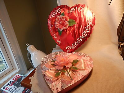 Two Vtg 1960S Heart Shaped Valentines Day Candy Boxes Oaks Oshkosh Pink Red
