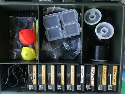 Medium Fox Rig Box With Carp And Pike End Tackle