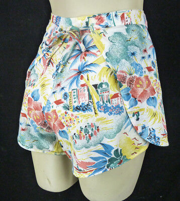 Vintage 80s Tie-On Shorts XS Hawaiian Floral Novelty Print Cotton Gauze Beach
