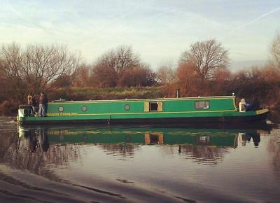 Cruiser Stern Narrowboat for Liveaboard or constant cruiser