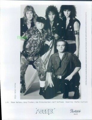 Press Photo: ACCEPT 8x10 B&W 1986