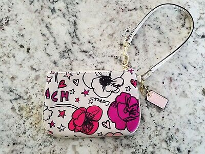 COACH POPPY Floral Gold Leather Trimmed Wristlet; Pink Hangtag