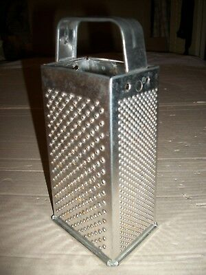 Vintage Bromwell #119 Metal/Steel Box Type Cheese Grater/Vegetable Shredder USA