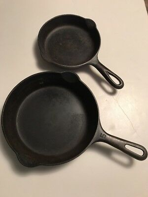 Griseold Cast Iron Skillet Lot Of 2