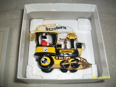 Danbury Mint NFL Pittsburgh Steelers Christmas Train Ornament 2005 New w/Box