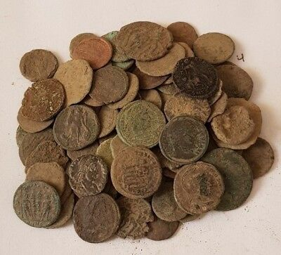 4.Lot of 90 Roman coins for cleaning