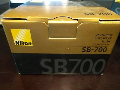 Nikon Speedlight SB-700 AF Shoe Mount Flash for  Nikon