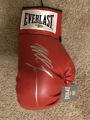 Mike Tyson Signed RED Everlast Boxing Glove Signed With COA & Receipt 16.06.18