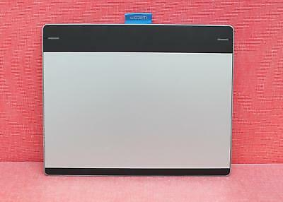 """Wacom Intuos (CTH680) - Medium Size (10.75"""" x 8.75"""") - Pen and Touch Tablet"""