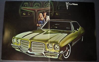 1972 Pontiac Luxury LeMans Brochure Poster Sheet Original 72 Canadian