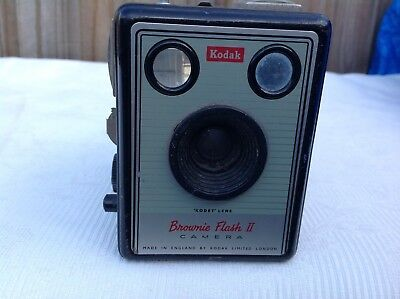 Vintage Kodak Brownie Flasn 2 film camera