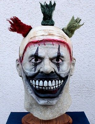 Twisty The Clown Mask (Spirit Halloween)