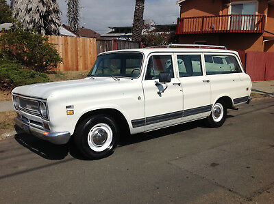 1971 International Harvester 1010 CUSTOM 1971 INTERNATIONAL TRAVELALL 1010 CUSTOM ORIGINAL NO RESERVE!