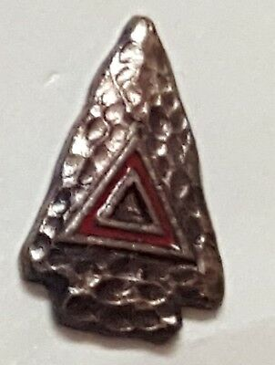 Vintage YMCA Y-Indian Guides Pin Screw Back Hat Pin Red Enameled Gold Arrowhead