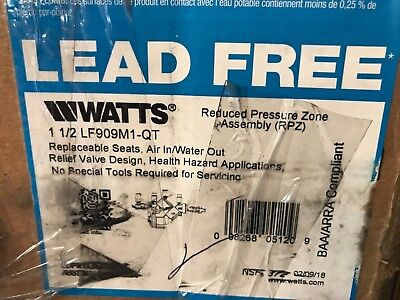 WATTS Reduced Pressure Zone Backflow Preventer, 1 1/4 LF909M1-QT