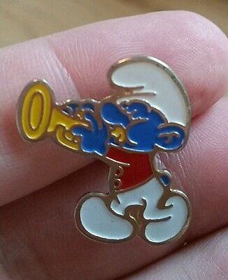 VTG Smurf Playing Trumpet/Horn Lapel/Hat Pinback Pin Collectible EUC