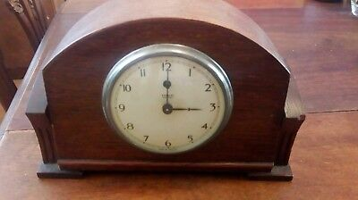 Temco Electric Oak Case Mantle Clock