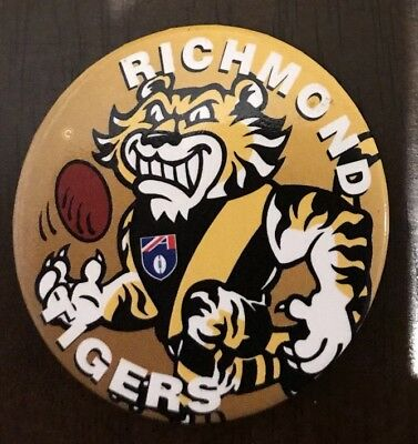Richmond Tigers Vintage Football Supporters Pin