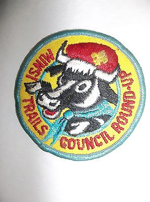 """Vintage """"Minsi Trails Council Round-Up"""" Embroidered Boy Scout Patch"""
