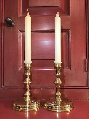 Virginia Metalcrafters Colonial Williamsburg Raleigh Tavern Candlesticks (2)