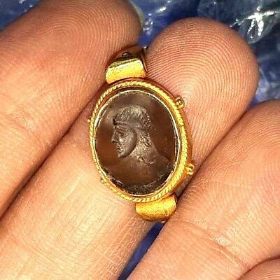 Ancient crystal Intaglio emperor King Face Solid 22K Gold Signet Ring 7.5 US