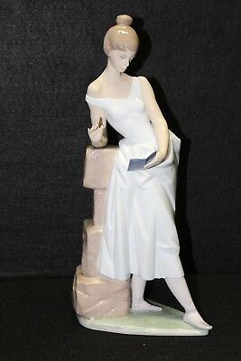 "Lladro ""sweet Verses"" Figurine #6448  With Box"