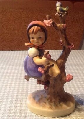 "Hummel Figur  HUM 141/1  "" Frühling * Apple Tree Girl "" 15 cm"