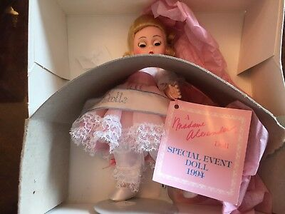 Vintage Madame Alexander Doll Special Event Doll 94-S in box