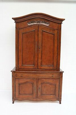 Vintage / Retro Italian Style Solid Wood Cherry Finish Traditional Tv Cabinet