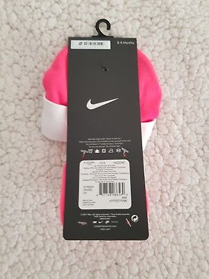 Nike Block Hat and Booties For Babies