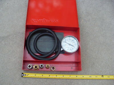 Snap-on KRA-128 Fuel Injection Pump Pressure Gauge Tester in Metal Box  Fittings