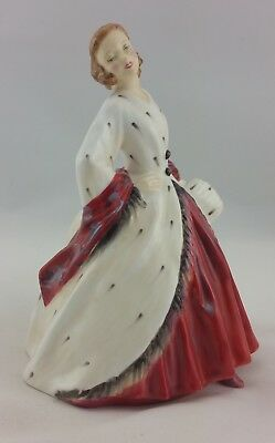 "6 3/4"" Royal Doulton Figurine The Ermine Cat  HN1981 Excellent Condition"