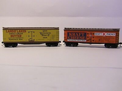 N Scale - 2 Reefers - 1 x LAND of LAKES BUTTER and KRAFT CHEESE