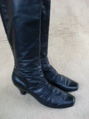 LOVELY IMPORTED (Spain)  EFFEGIE BLACK LEATHER KNEELENGTH BOOTS,  SZ 41-9