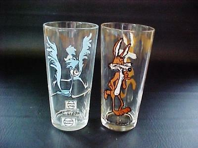 Pepsi Glass WILE E COYOTE and ROAD RUNNER Warner Bros 1973