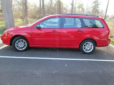2007 Ford Focus 5 Door SE Wagon 2007 FORD FOCUS Red 5 Door Automatic ZXW SE WAGON  Leather interior