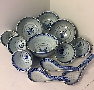 12 Pc VTG Asian Chinese Porcelain Floral Rice Grain Blue White Bowls Cups Spoons
