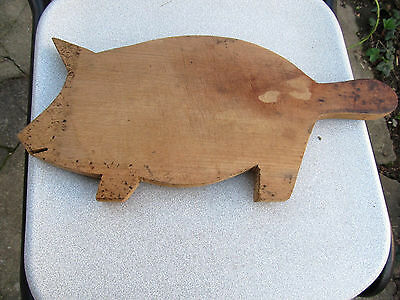 Old Antique Primitive Wooden Wood Rare Bread Cutting Board Shape Pig