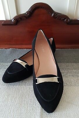JO MERCER SIZE 38 Women's Black Leather Flats. New without tag and box.