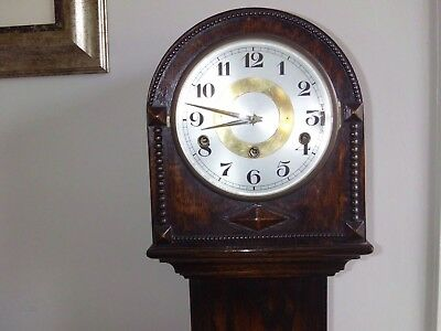 Grandmother on quarter hour and hour chiming clock in excellent condition
