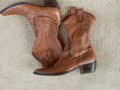 Brilliant Imported Daniel Claude Tan Slouch Style Western Boots, Sz. 7 - 38