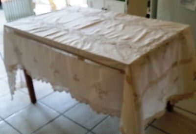 Vintage Ecru Crochet and Embroidered Linen Tablecloth 155 cm x 235 & 11 Napkins
