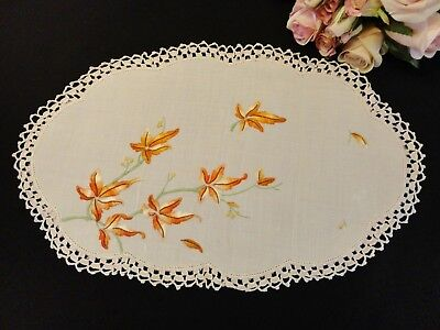 Vintage Hand Embroidered Doily - Autumn Leaves