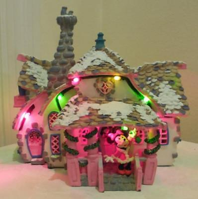 Disney Minnie Toon town Holiday Christmas house in original box