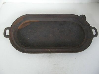 Antique Large Deep Cast Iron Griddle With Spout #8
