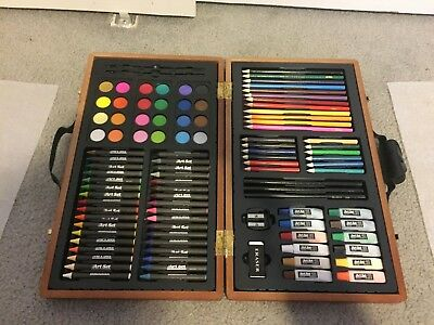 Style Asia 101 Piece Art Set in Durable Hardwood Case - Brand New