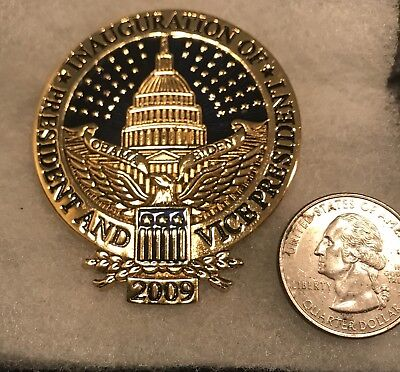 Large Obama 2009 Campaign Pin  Ann Hand Mint